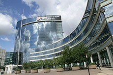 GSK offers concessions and starts divestments